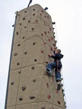 Play Climbing Game